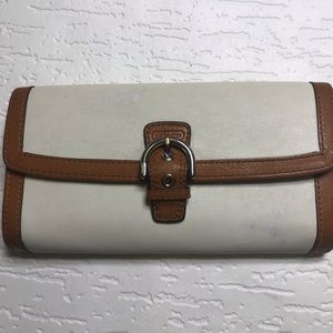 Coach wallet white